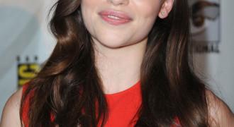 Emilia Clarke – Daenerys Targaryen